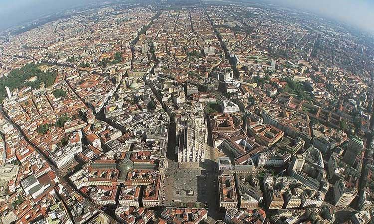Milan Italija 1